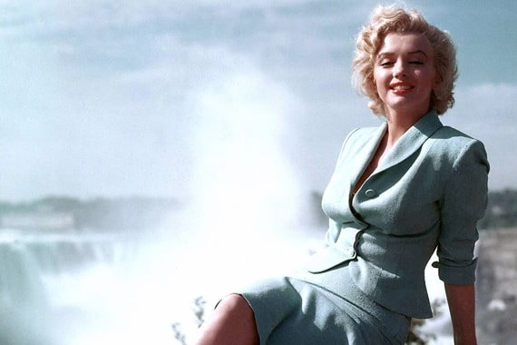 Marilyn Monroe in Niagara Falls
