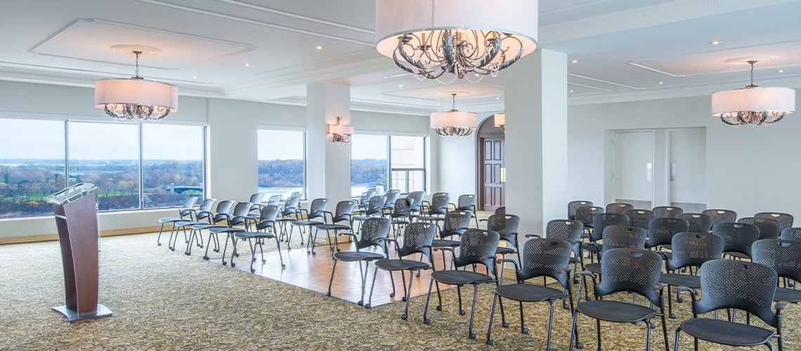 Crowne Plaza Niagara Falls - Rainbow Room Salon